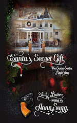 Santa's Secret Gift  -  Book Two