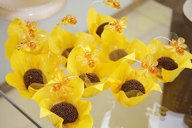 Bella Fiore Decoração de Eventos A Festa da Abelhinha