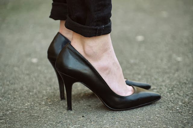 pointy high heels,  fashion blog blogger, style blogger