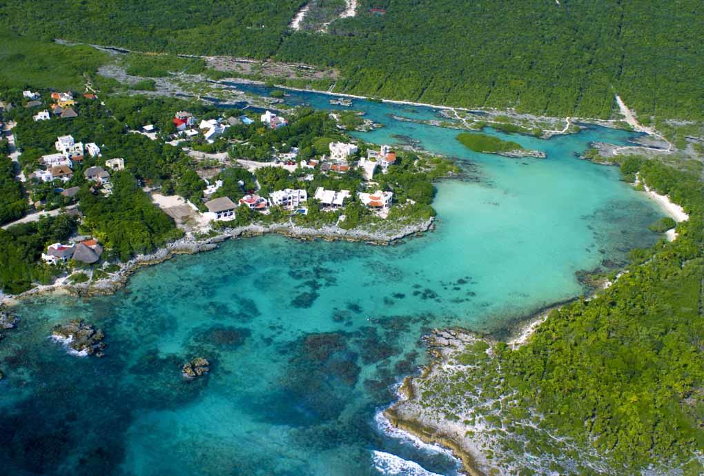 Riviera Maya Mexico  city pictures gallery : Riviera Maya está localizada no estado de Quintana Roo e estende se ...