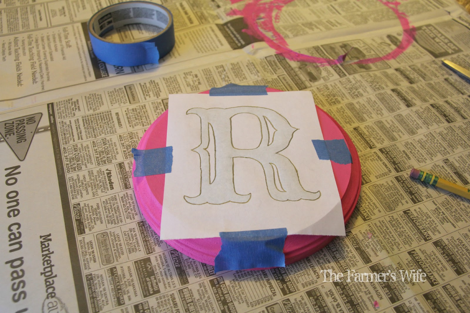 """The Farmer's Wife: How to """"Paint"""" Fancy Letters On Wood"""