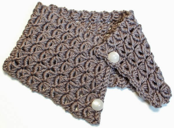 Crochet Stitches Broomstick Lace : http://www.petalstopicots.com/2013/09/broomstick-lace-cowl/