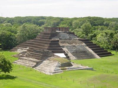 La cultura olmeca arquitectura for Civilizacion maya arquitectura