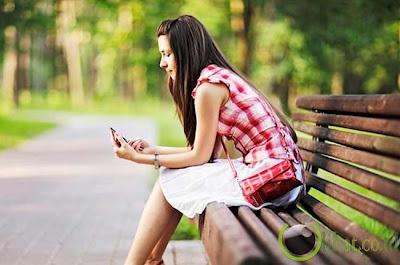 10 Hal yang Sebaiknya jangan di Simpan di dalam Dompet - www.SurgaBerita.com