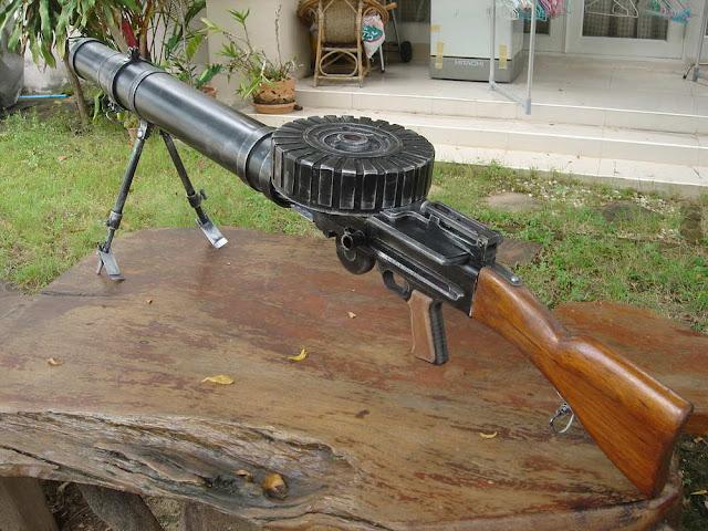 Lewis machine gun - пулемёт Льюиса