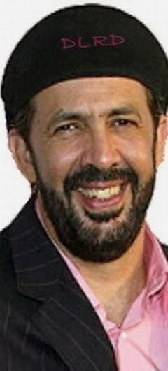 Músico, compositor, arreglista y cantante dominicano