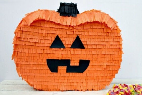 Manualidades de laura pi ata de halloween en forma de - Como hacer calabaza halloween ...