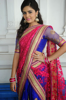 Sri Mukhi latest gorgeous looking Pictures 050.jpg