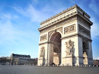 De Arc de Triomph in Parijs