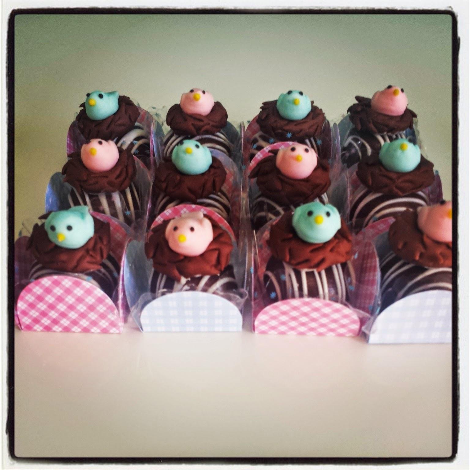 festa tema jardim provencal:Quero Cupcakes: Festa tema Jardim Provençal