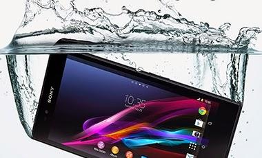 Contoh Smartphone Yang Tercebur Air - www.NetterKu.com : Menulis di Internet untuk saling berbagi Ilmu Pengetahuan!