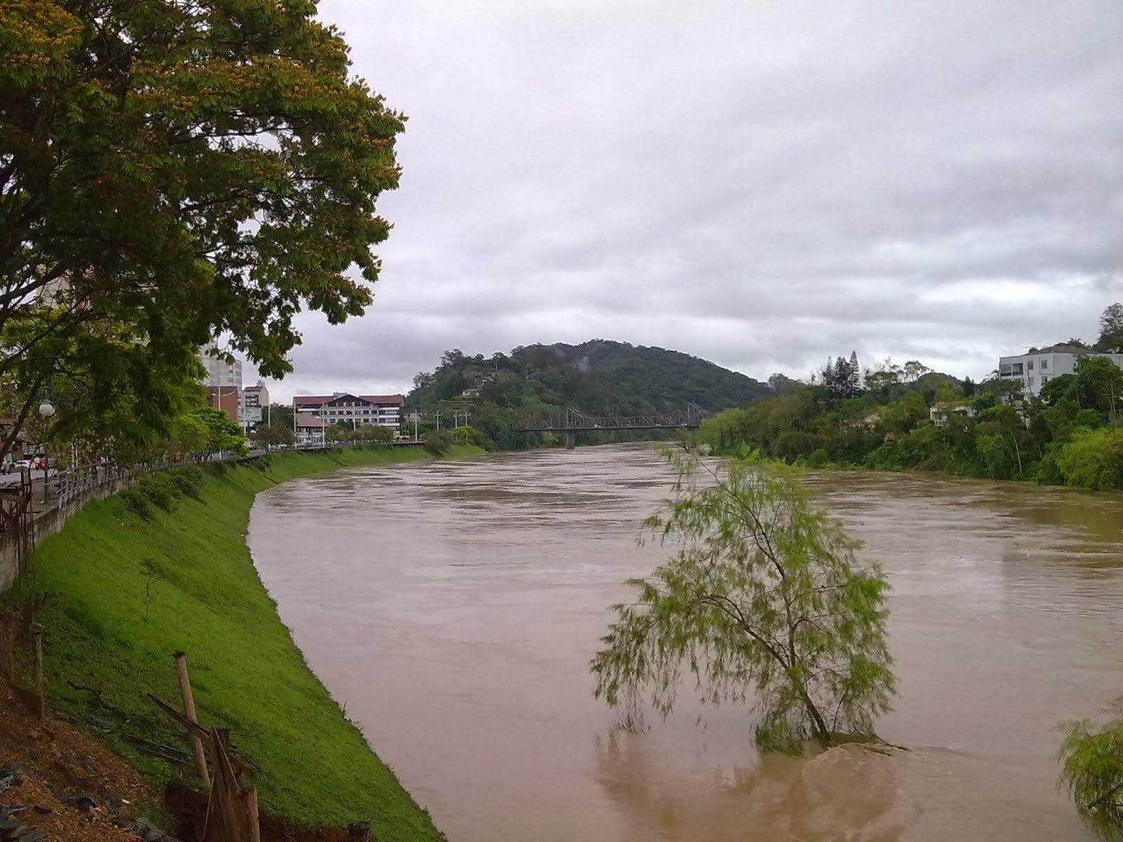 Um rio sustenta...