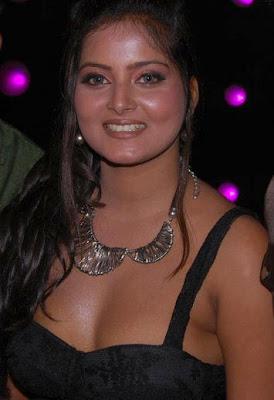 Bhojpuri Actress Anjana Singh Pics