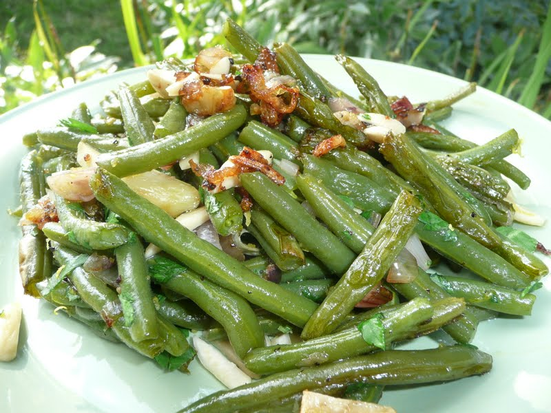 green beans garlic roasted green beans with shallots and almonds