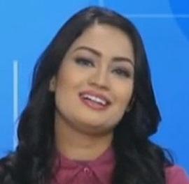 1 صور المذيعة السعودية هبة جمال من دون جحاب   صورة هبة جمال قبل و بعد خلع الحجاب