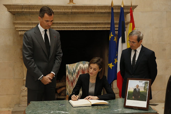 King Felipe and Queen Letizia of Spain signed the book of condolence over the terrorists attacks that took place on November 13 in the French capital, Paris.