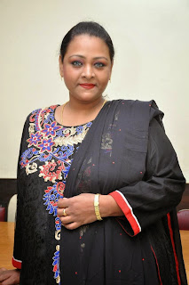 Actress Shakeela Latest Pictures in Salwar Kameez at Romantic Target Movie Teaser Launch  3