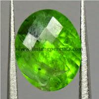 Batu Permata Natural Green Garnet