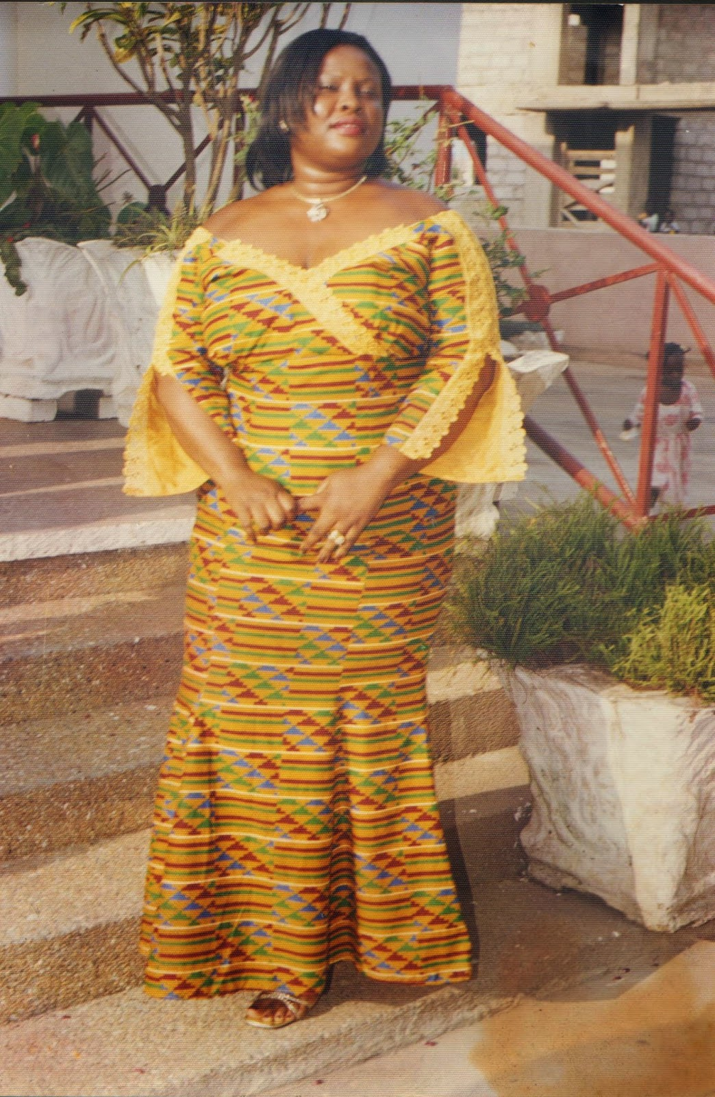 kaba and slit style for funeral this is a nice african dress worn to