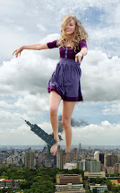 Taylor Swift Giantess