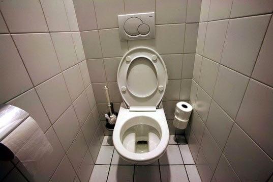 efek-buruk-toilet-duduk