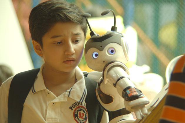 Malaysia, Hiburan, Artis Malaysia, Selebriti, Filem, Drama, Guna, Robot, Sebenar, Planet Kiara, Musim 2, Cecah, Kos, RM, 3, Juta, Robot PSN1,