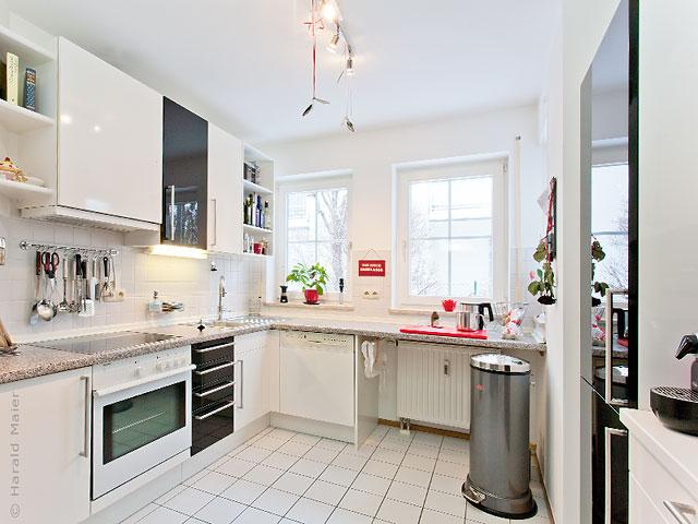 Küchenfronten in Hochglanz schwarz weiss