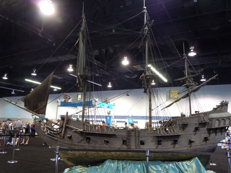 Black Pearl Pirates of the Caribbean miniature ship