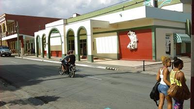 Calles de  Guantánamo, Cuba