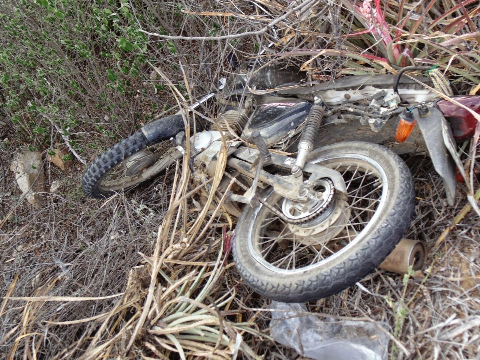 BLOG DO ELISBERTO COSTA: Jovem morre em trágico acidente