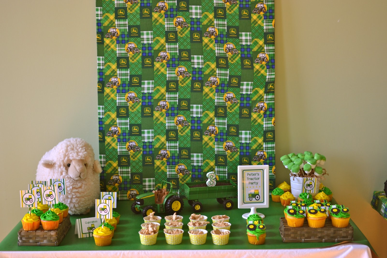 Live Smile Celebrate: John Deere Tractor Birthday Party