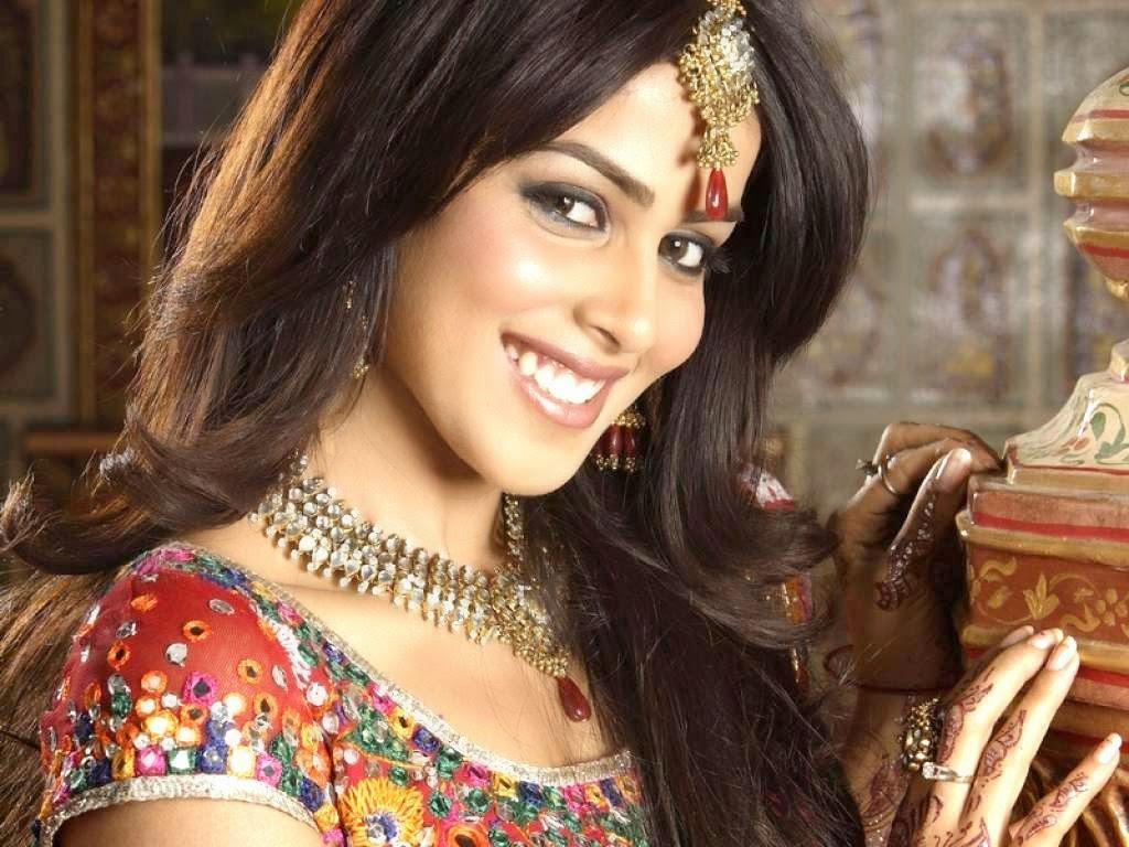 tamil stars hd wallpapers download: genelia d souza hd wallpaper