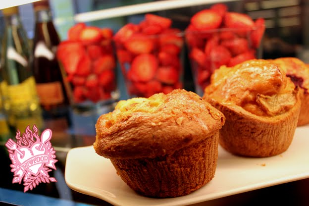 apple muffins? fresh fruit? CUCO!