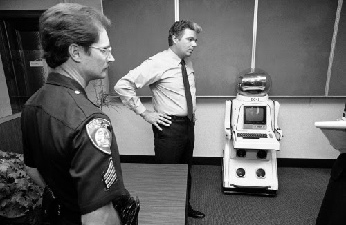 http://historicaltimes.tumblr.com/post/110740029522/police-display-a-robot-they-had-taken-into-custody#disqus_thread