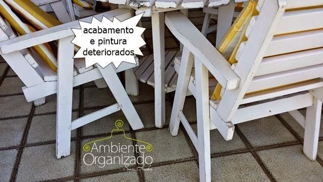 Cadeiras da varanda deterioradas