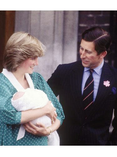 Princess Diana, Prince Charles and Prince William leave hospital, 1982