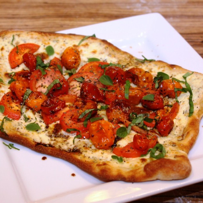 ... Modern American Mom: Ricotta Pizza with Fresh and Roasted Tomatoes