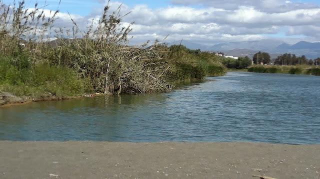 http://www.panoramio.com/photo/70609477