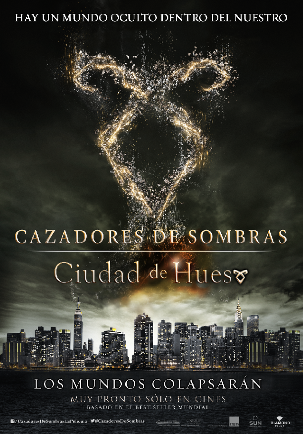 http://ellamentodelfenix2013.blogspot.com/2013/12/cazadores-de-sombas-ciudad-de-hueso.html