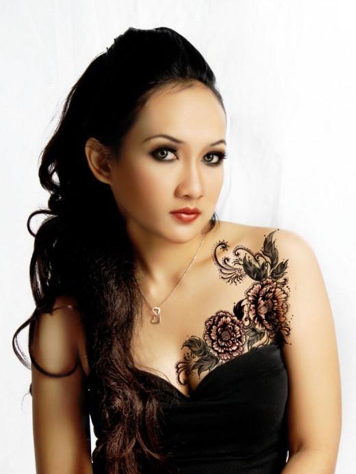 Girl Chest Tattoo Designs Tattoo Designs For Girls