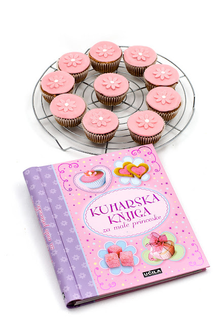 Princeskini kolački vegan Princess muffins Little princess cook book