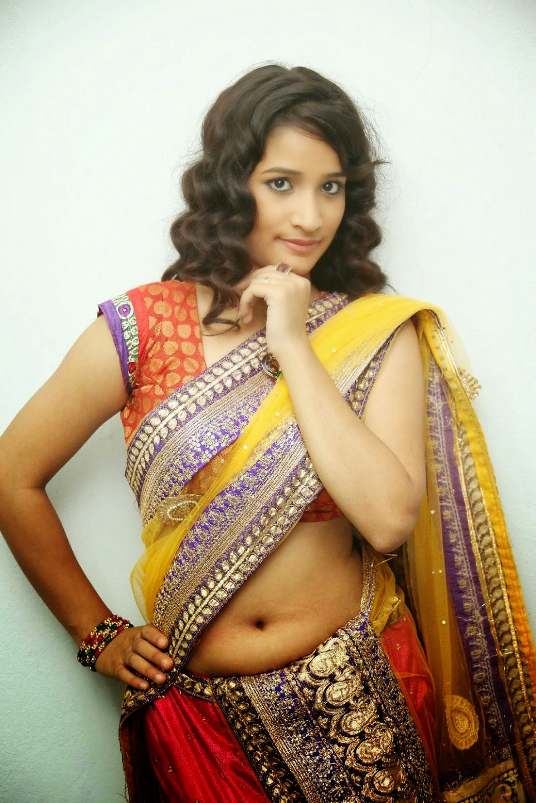 Santhoshini Sharma Hot Navel Showing Saree