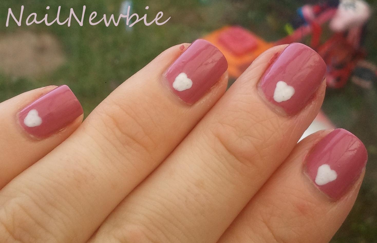 Nail Newbie: October 2011