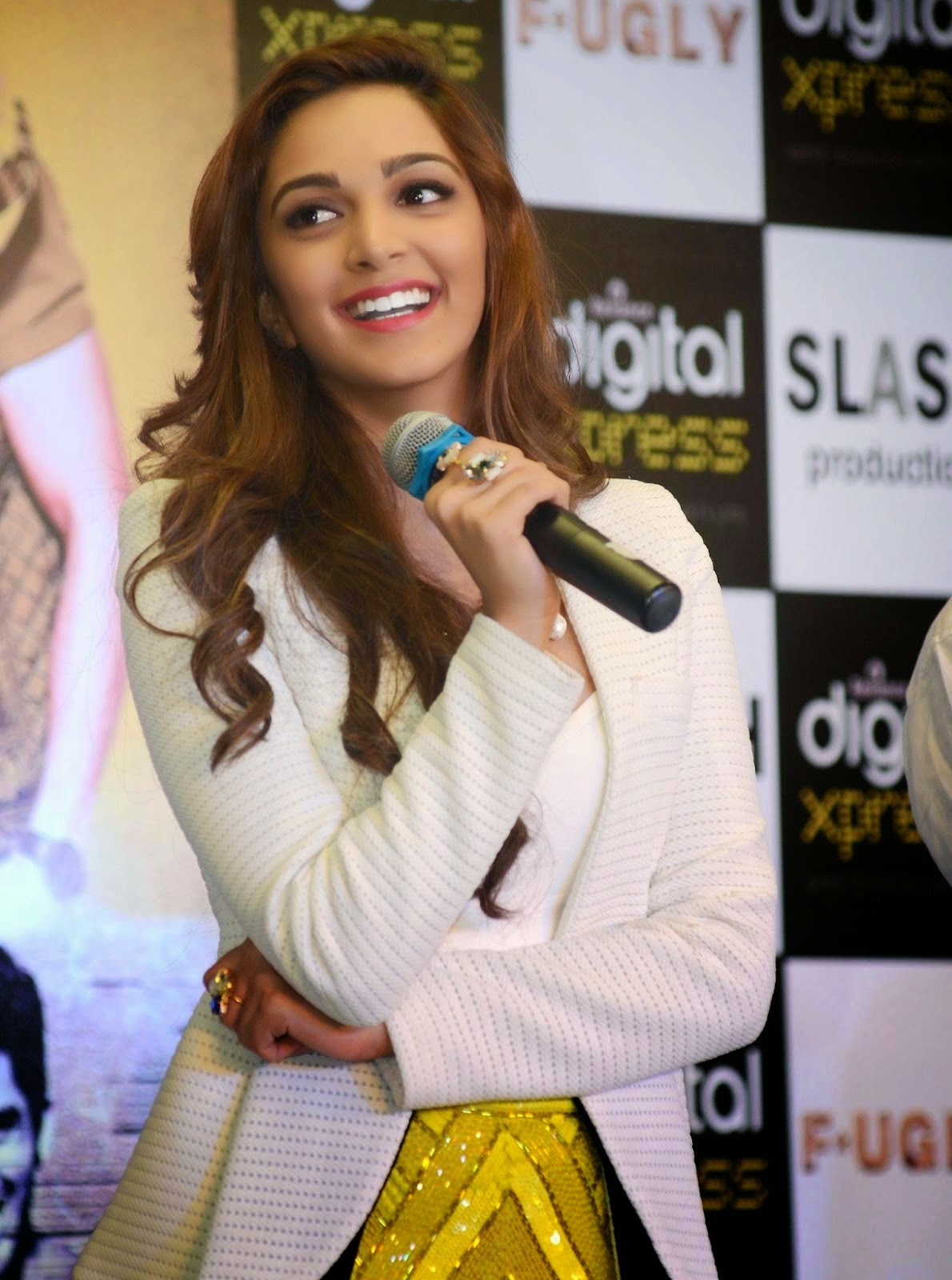 'Fugly' Actress Kiara Advani Latest hd wallpapers