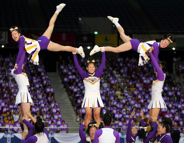 Cheerleading Stunts for Small Squads http://sandivand.blogspot.com/2011/07/what-do-they-call-you.html