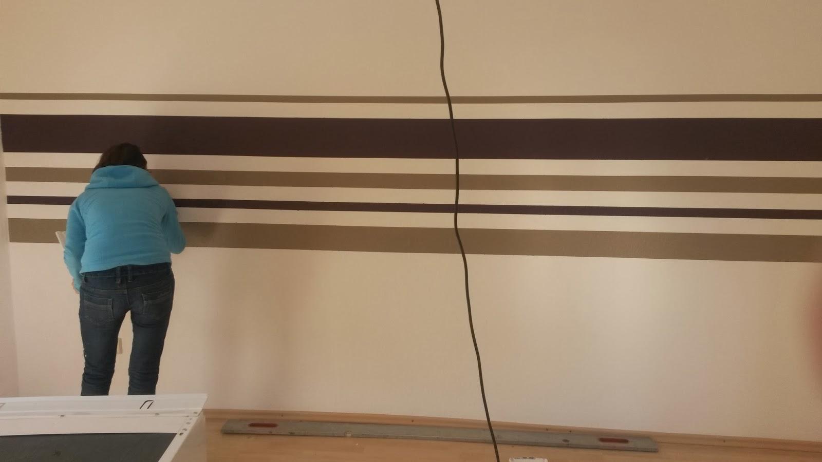Schräge Streifen An Der Wand ...