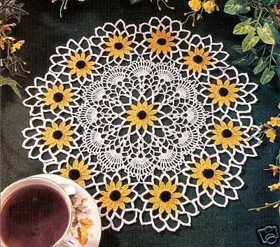 Crochet Flower Doily Pattern : Black eyed Susan Doily ~ Free Crochet Patterns