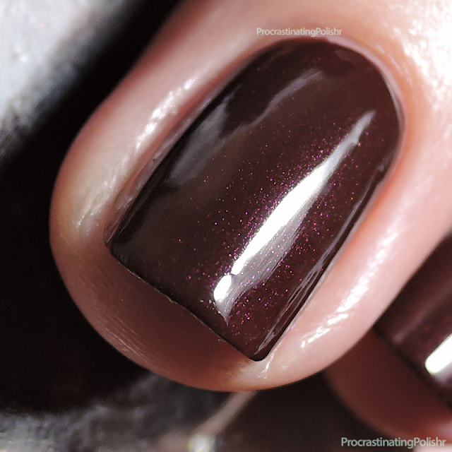 Furless Cosmetics - Trashy | Nail Polish Swatch