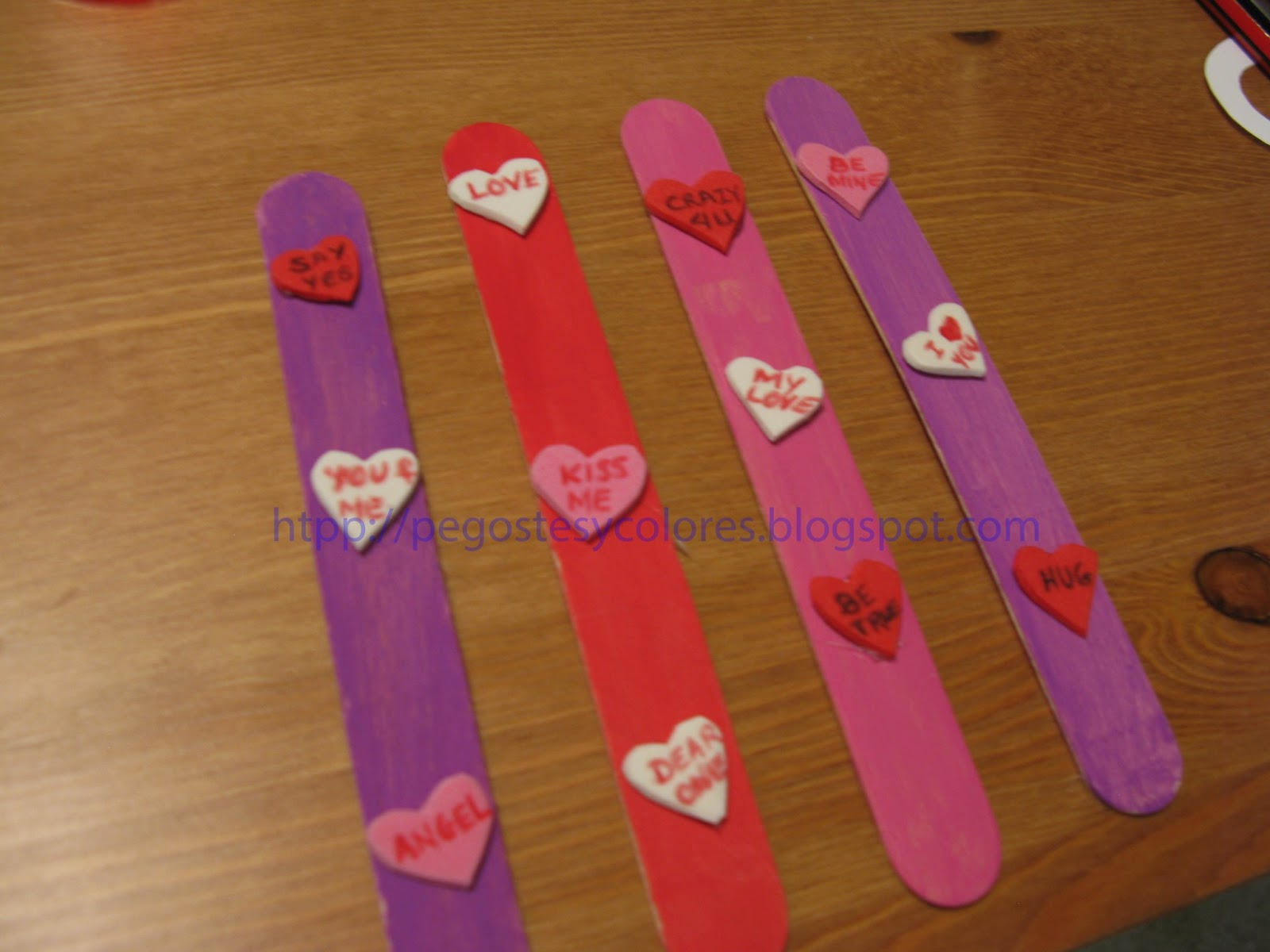 Pegostes y Colores: Separadores de Libros de San Valentin con ...