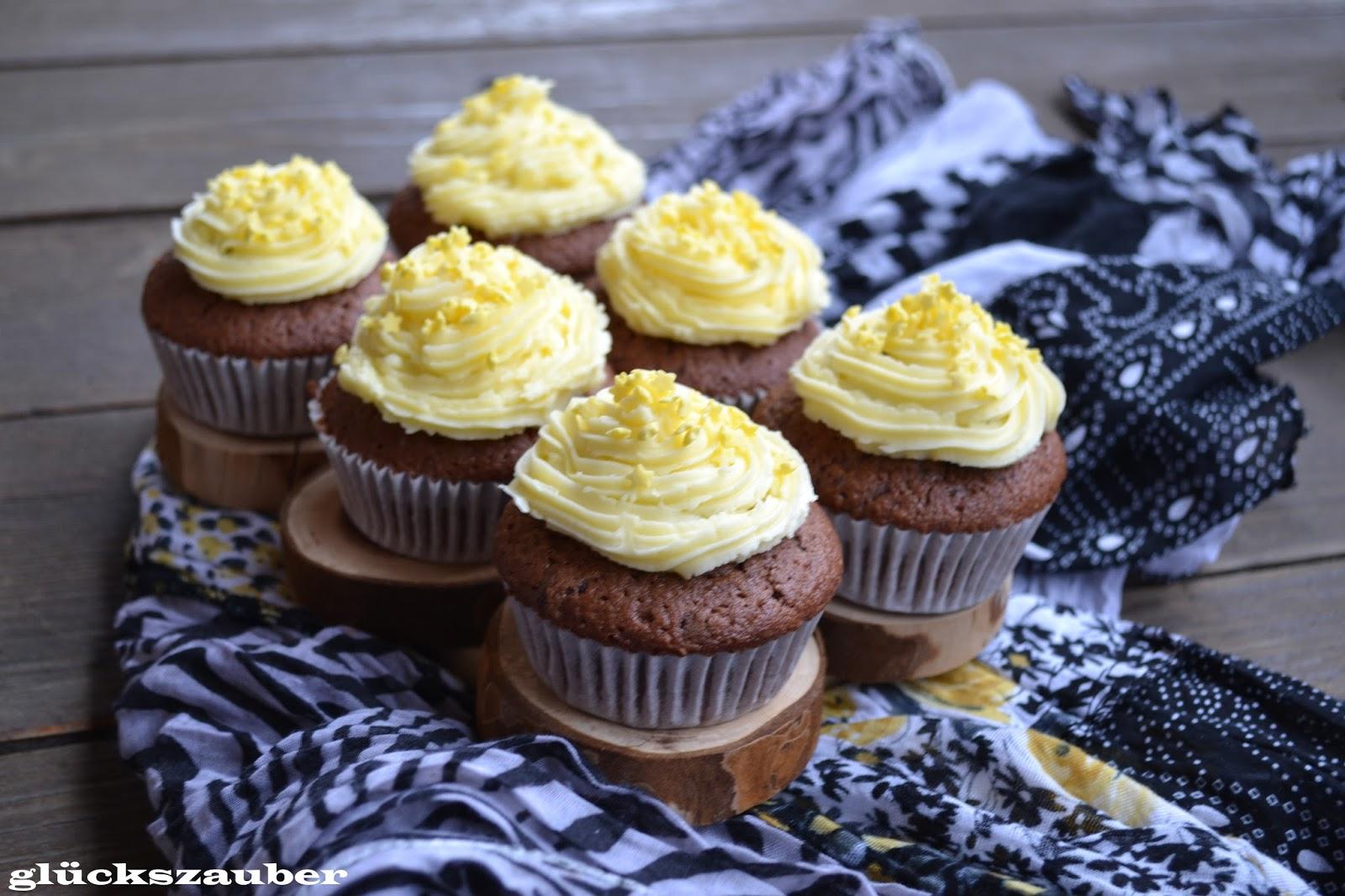 gl ckszauber rotwein cupcakes mit buttercreme frosting und ein schneespaziergang am fluss. Black Bedroom Furniture Sets. Home Design Ideas